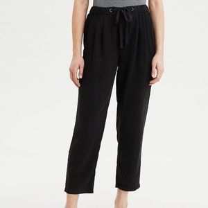 NWT Aerie High Waisted tapered pants